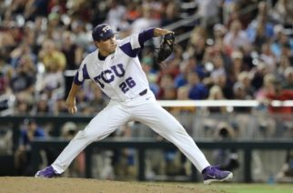 TCU reliever Sean Wymer pitches against Louisville in a 4-3 win in an elimination game. (Photo by Sam Bruton)